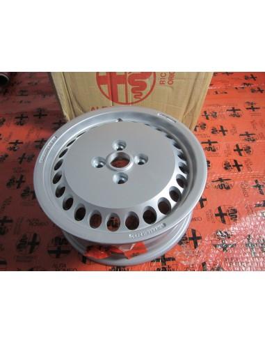Comprar Llanta Alfa Romeo 33 online